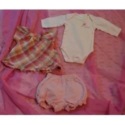 """Très Belle tenue """"blouse,short et body"""""""